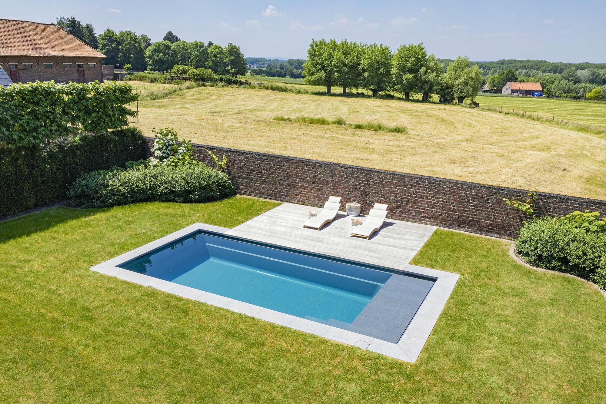 Monoblok zwembad in Zwalm