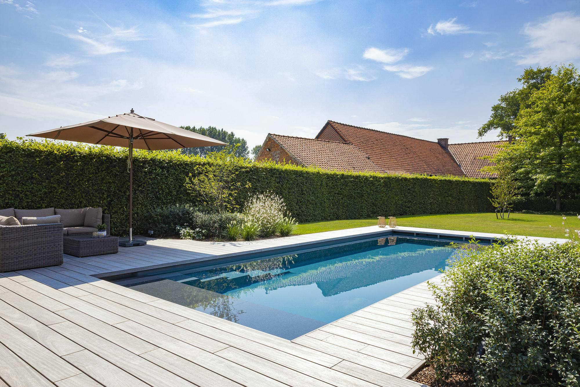 Monoblok zwembad in Brakel