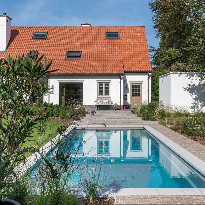 Totaalconcept - zwembad / tuinAfmetingen: 10x 4 x 1,5 mKleur: lichtgrijs&nbs