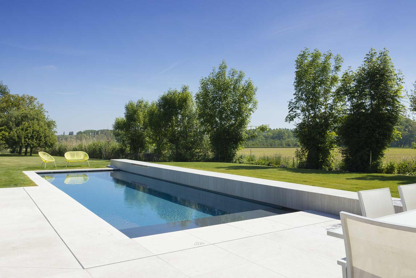 Monoblok zwembad in Haaltert